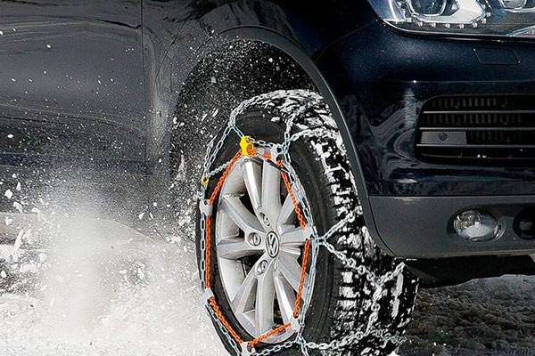 Snow Tyres - Wheel Chain Compatibility